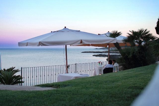 sardinie - hotel punta negra ligt aan zee in alghero (2).jpg