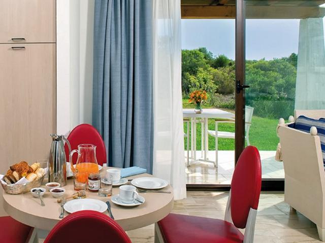 sardinie - moderne appartementen in resort baia.jpg