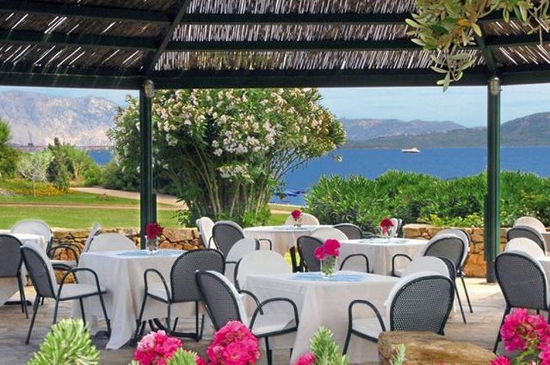 hotel aan zee san teodoro - due lune golf resort.jpg