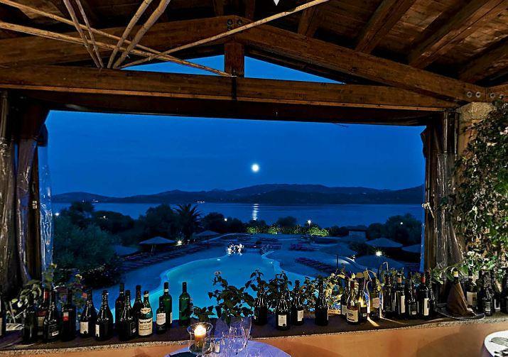 resort sardinie aan zee.jpg