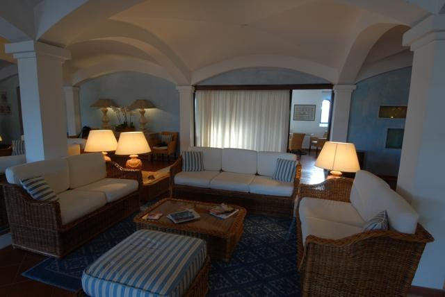 hotel sardinie - hotel le ginestre - vakantie sardinie.jpg
