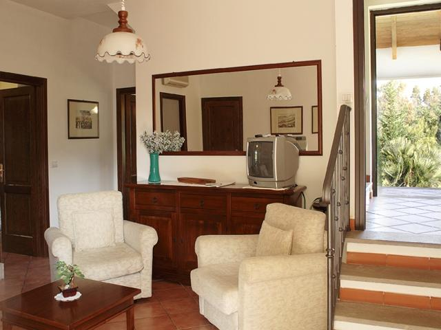vakantiehuis sardinie - villa ulivo met zwembad - alghero (6).jpg