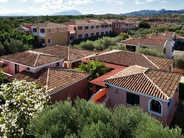 i giardini di cala ginepro - hotel resort sardinie (3).jpg