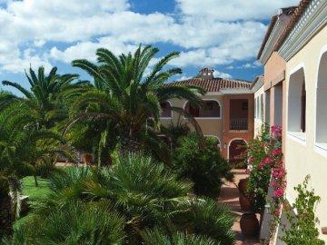 Hotels resorts sardini hotel i giardini di cala - I giardini di cala ginepro ...
