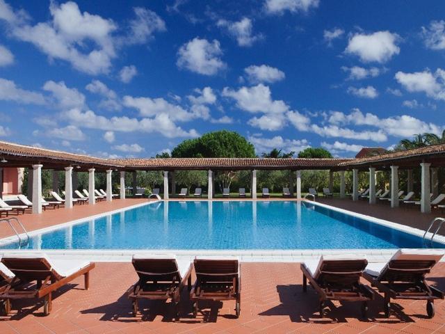 i giardini di cala ginepro - hotel resort sardinie (2).jpg