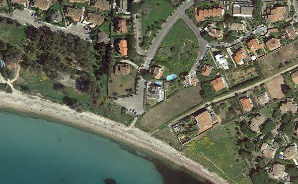 vakantiehuis sardinie met zwembad aan zee (14).jpg