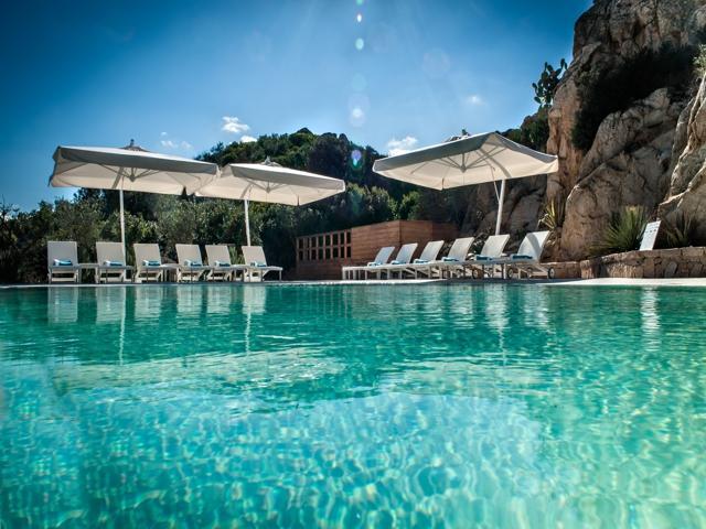 grand hotel resort ma & ma - la maddalena - sardinie.jpg