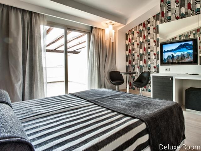 deluxe kamer - hotel ma ma resort - sardinia (1).jpg