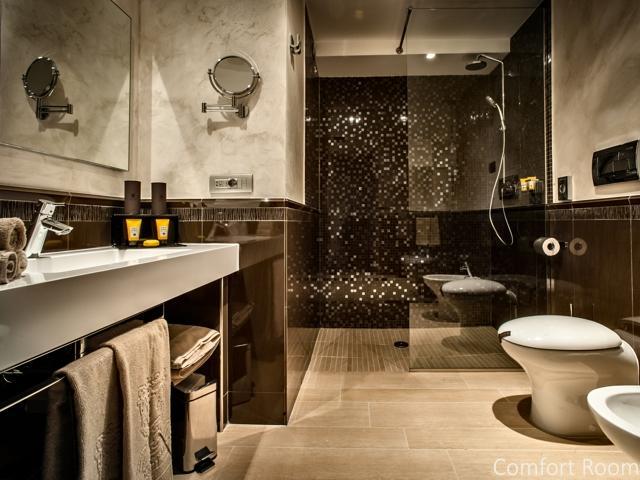 comfort room - la maddalena - sardinie (1).jpg