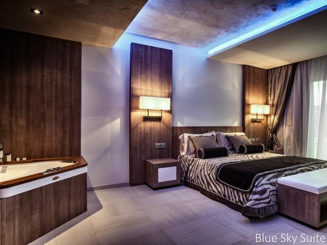 blue sky suite in ma en ma resort op la maddalena - sardinie (1).jpg
