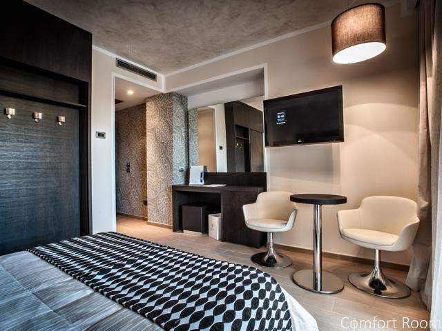 comfort room - la maddalena - sardinie (3).jpg