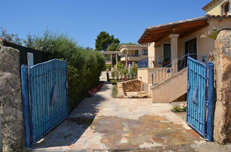 vakantiehuis sardinie aan zee en met zwembad- sardinia4all (14).jpg