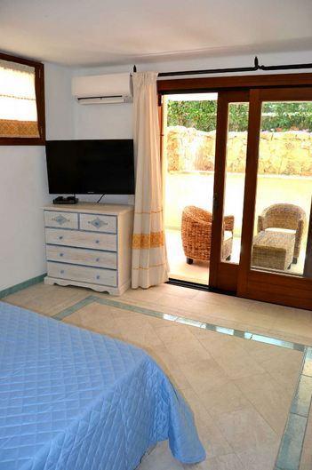 vakantiehuis sardinie aan zee en met zwembad- sardinia4all (9).jpg