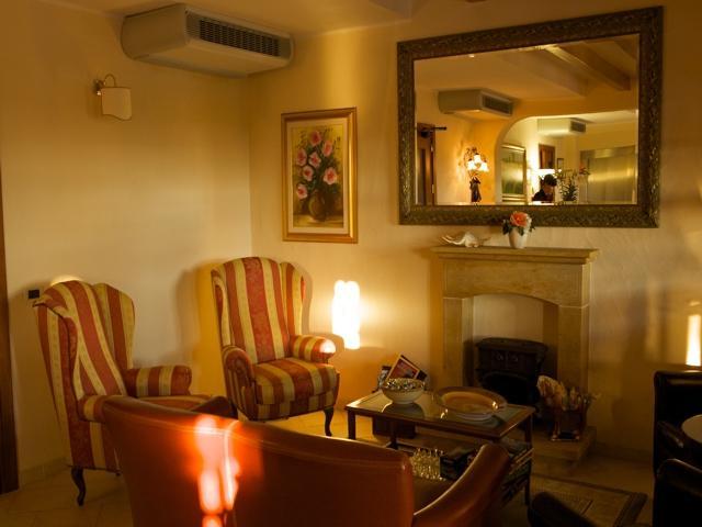 hotel-sardinie-vakantie-is-benas-sardinia4all (1).jpg