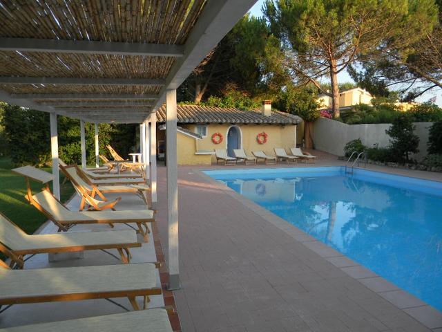 hotel-is-benas-country-lodgde-sardinia4all (1).jpg