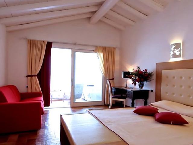 sardinie-hotel-villas-resort-zuid-sardinie (1).png