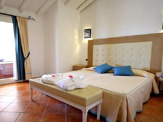 vakantie-sardinie-villas-resort-costa-rei-sardinia4all (5).png