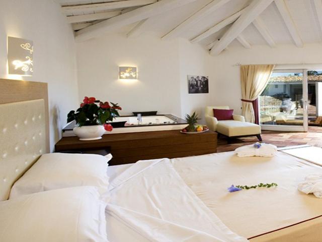 luxe-vakantie-sardinie-costa-rei-sardinia4all (3).png