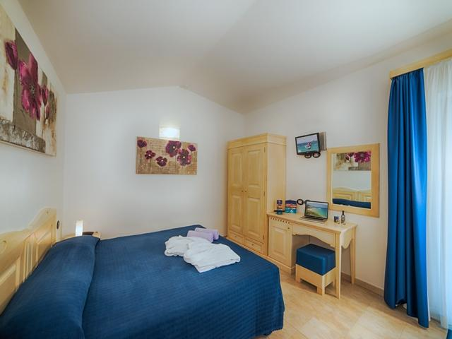 hotel-sardinie-il-vascello-hotel-costa-rei.jpg
