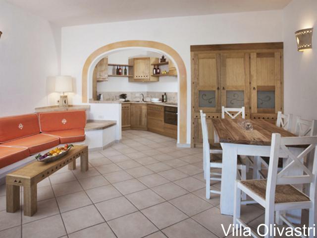 villa-torre-isola-rossa-sardinie-olivastri-01 (2).png