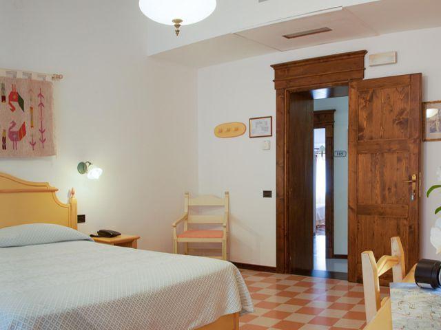 sardinie-appartementen-kamers-sa-mola-country-hotel.jpg