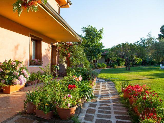 country-hotel-sardinie-sa-mola (1).jpg