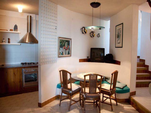 sardinie-4-persoons-vakantiehuis-aan-zee (6).jpg