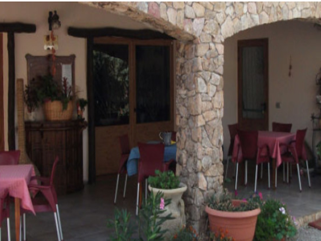 agriturismo rocce bianche 2.png