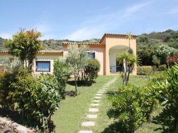 Vakantieparken sardini residence sa raiga budoni for Residence agrustos