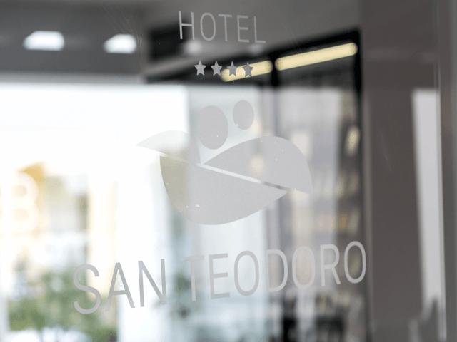 san_teodoro_hotel_sardinie (7).png