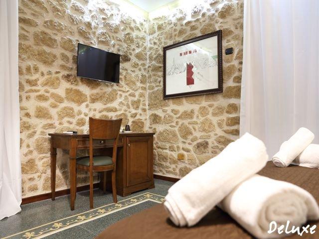 hotel-alghero-sardinie-deluxe (2).jpg