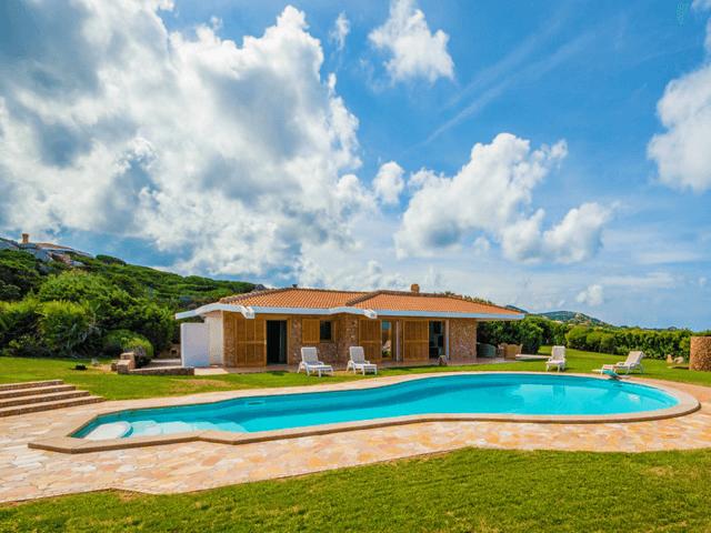 luxe vakantiehuis noord sardinie met zwembad - sardinia4all (2).png
