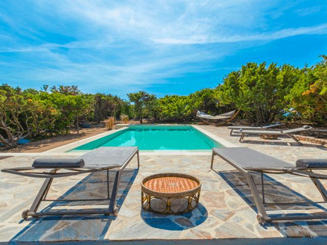 villa-chiara-luxury-villa-sardinia.png