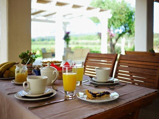 ontbijten-in-casale-ulivi-alghero.jpg