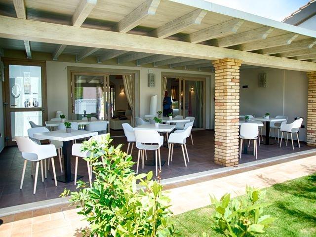 sardinia4all-vakantie-sardinie-hotel-eliantos (2).jpg