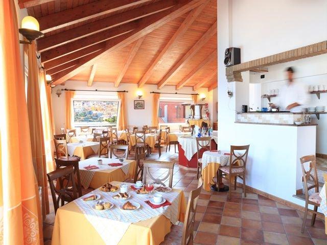 hotel nantis - castelsardo - sardinie (8).jpg