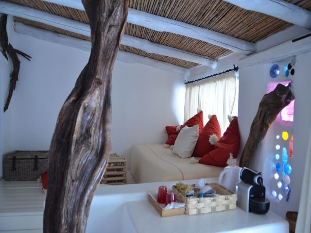country-hotel-su-gologone-4.jpg