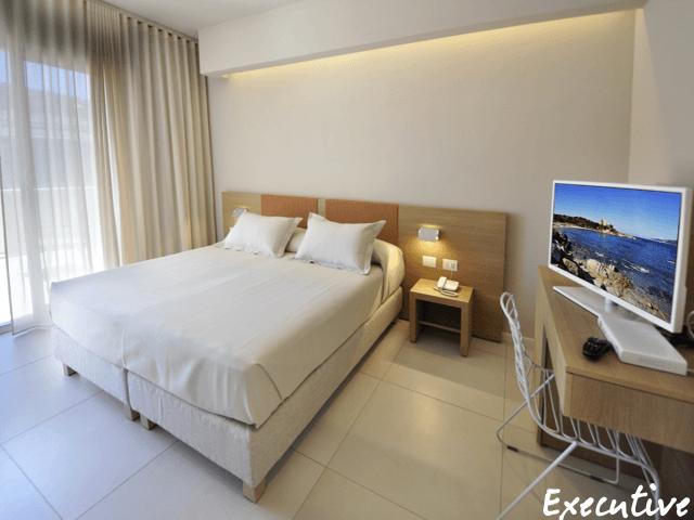executive-rooms-domu-simius-villasimius-1.png