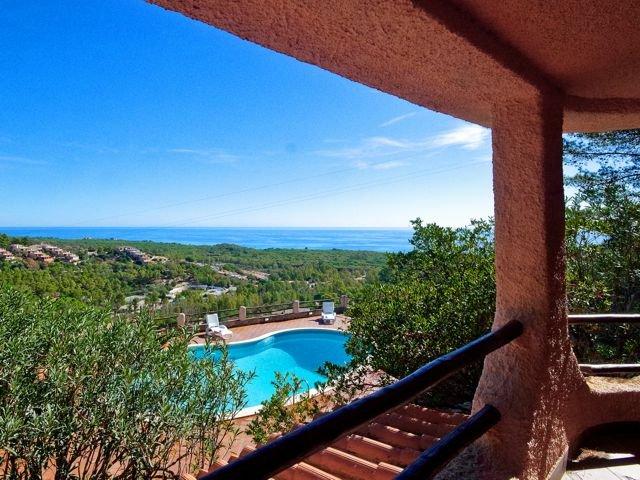 villa-met-zwembad-sardinie-sardinia4all (5).jpg