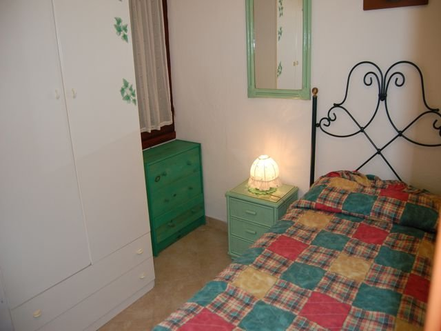 sardinie-vakantiehuisje-voor-vier-tot-zes-personen (9).jpg