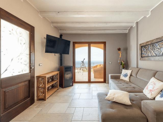 vakantie-appartement-sardinie-cala-gonone (12).png