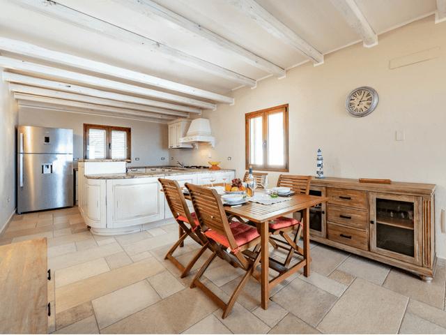 vakantie-appartement-sardinie-cala-gonone (8).png