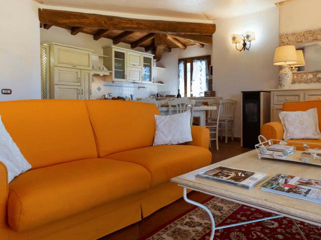 vakantiehuis met zwembad op sardinie - villa capo coda cavallo (8).png
