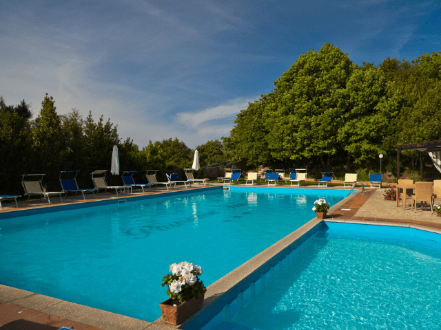hotel pausania inn - hotels sardinie (3).png