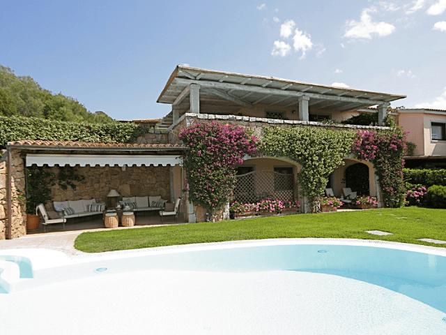 vakantiehuis-porto-rotondo-sardinie-met-zwembad (15).png