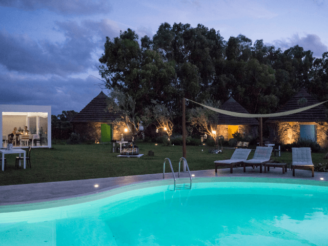 is cheas - luxury farm stay in sardinië - sardinia4all.png