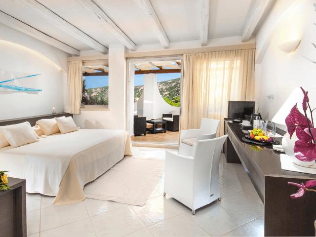 hotel-baja-sardinia-hotel-punta-est (13).png