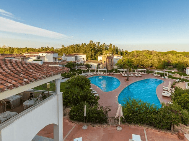 hotel-sardinie-aan-zee-hotel corte-bianca (4).png