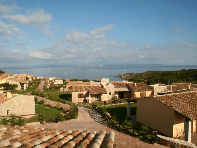 punta falcone appartementen met zwembad in santa teresa di gallura sardinie