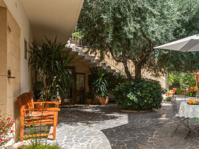 cabras-hotel-villa-canu-sardinia4all (10).png